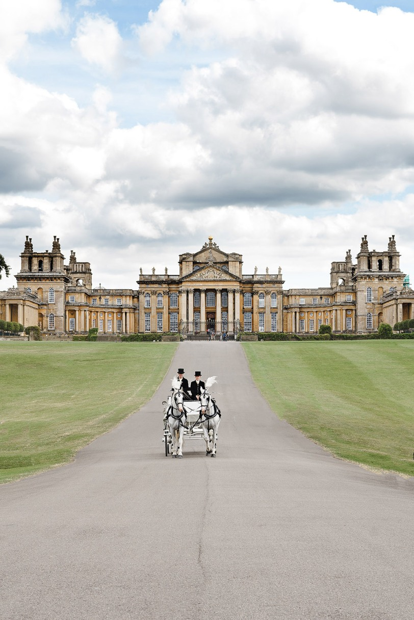 Horse & Carriage at Blenheim Palace.jpg